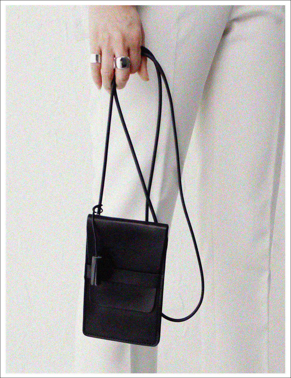 Melba leather phone cross bag_Black