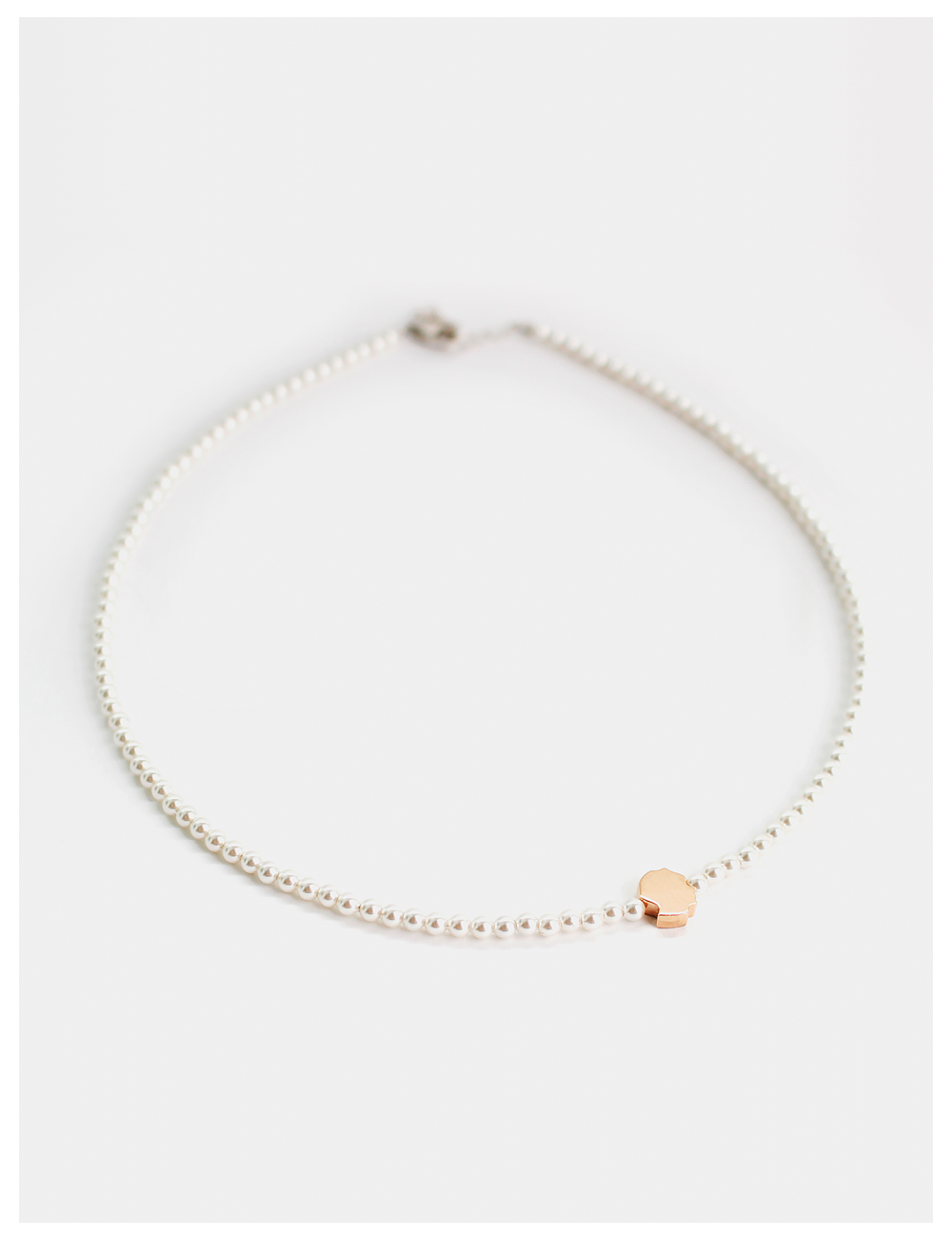 Face it with mini pearl Necklace